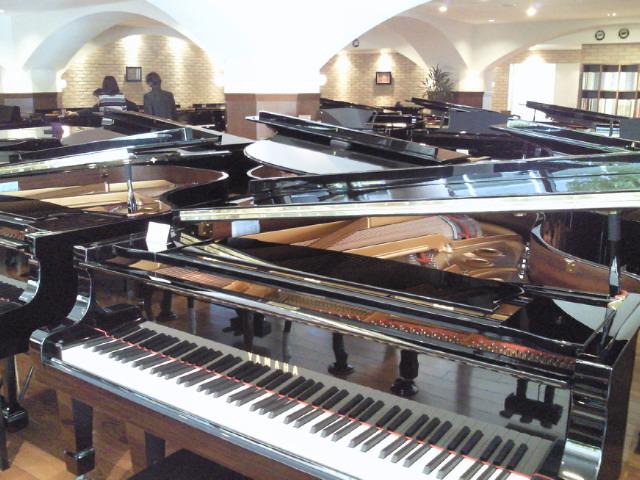ピアノサロンへ行ってきました。